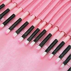 ZYC 32pcs Pinceaux à Maquillage Professionnel Pinceau à Blush/Pinceau Fard à Paupières/Pinceau à Lèvres Couvrant Plastique