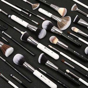 DUcare Pinceaux Maquillages Professionnel Kit de 31pcs Elegante Cuir PU Pochette Synthétiques Premium Pinceaux (Noir Blanc)