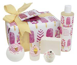 Bomb Cosmetics – Coffret Cadeau de Produits pour le Bain Ice Cream Queen Faits à la Main, Contient 5 Pièces, 450 gm