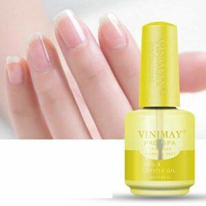 L'huile nourrissante pour les ongles, les soins des ongles et des cuticules améliorent la résistance des ongles, l'huile pour ongles aide tous les ongles fissurés et les cuticules rigides, l'huile