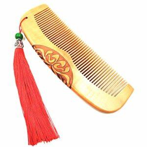 Peigne en bois pour cheveux pour femmes filles en bois de pêche fait à la main avec pompon rouge Décoration de poche à dents fines Peigne de poche Outil Beauti 17 cm de long