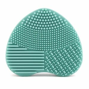 Pinceau de maquillage nettoyant pour brosse de nettoyage, épurateur de lavage en silicone souple, gommage en forme de coeur pour tapis de nettoyage de brosse de maquillage cosmétique(vert)