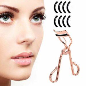 Clip pour recourber les cils pour toutes les formes et tailles d'yeux, convient à toutes les formes d'yeux – Accessoire de maquillage essentiel pour femme avec un sac en satin et 8 tampons de recharge