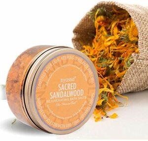 Glamorous Hub Nyassa Sacred Sandalwood Bath Salt 220g avec les bienfaits de la camomille et du sel d'Epsom pour une efficacité Pour les hommes et les femmes. Bon pour la désintoxication de la peau. P