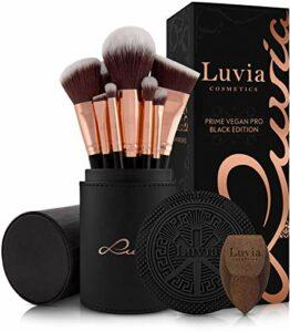 Luvia, Prime Vegan Pro Lot de 12 pinceaux de maquillage avec rangement pour pinceaux, éponge mélangeuse et tapis de nettoyage pour pinceaux de maquillage Noir et or rose