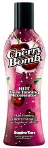 Supre Tan Cherry Bomb Hot Dark Activateur de bronzage aux extraits de cerise raffermissants Très foncé