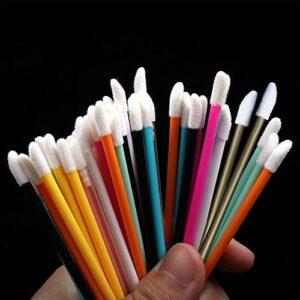 D88, Lot de 50 pinceaux à lèvres jetables creux et souples, pour mascara, pour nettoyer les cils et les produits cosmétiques pour femmes